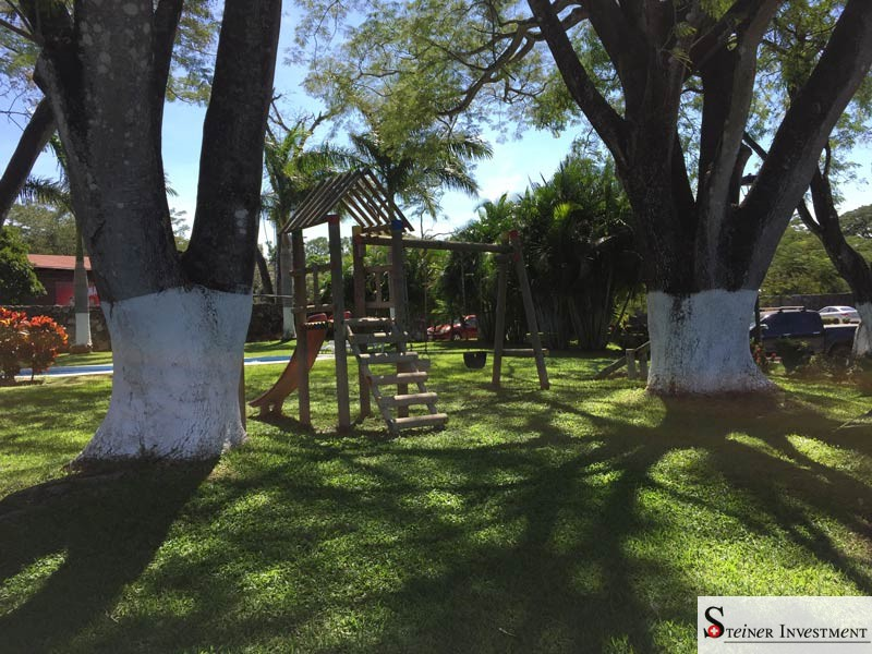 gardens with playground,...